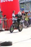 Мотоциклист на следе Стоковое Изображение RF