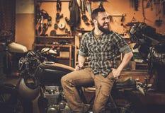 Мотоцикл каф-гонщика стиля здания механика винтажный Стоковое Изображение RF