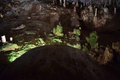 Мох пещеры Сталактит и сталагмит Стоковое Изображение RF