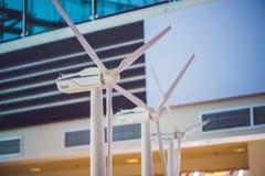 Мощная и экологическая концепция энергии Промышленное installa ветра Стоковое Изображение RF