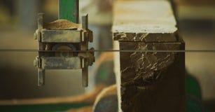Мощная машина для деревянный разделять стоковое фото rf