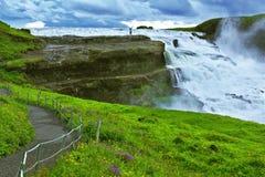 Мощный водопад полноводья Стоковые Изображения RF