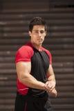 Мощный мужчина спортсмена Стоковые Фотографии RF