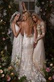 Модели представляя во время Claire Pettibone витрину собрания 4 сезонов Стоковая Фотография