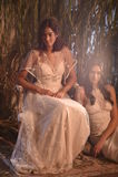 Модели представляя во время Claire Pettibone витрину собрания 4 сезонов Стоковые Изображения
