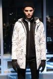 Модельный представлять во время w r K представление во время падения 2015 недели моды Мерседес-Benz Стоковое Изображение