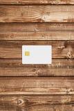 Модель-макет кредитной карточки на таблице Стоковая Фотография