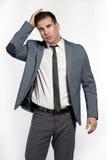 Модель подходящего белого образа жизни мужская в модном костюме Стоковые Изображения RF