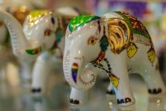 Модель слона милого фарфора керамическая для продажи, наградной сувенир Стоковая Фотография