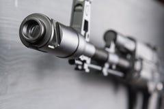 Модель штурмовой винтовки автомата Калашниковаа AK74M для airsoft 04/08/2017 Россий, город Чебоксар Стоковая Фотография