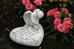 Молитва Анджела и сердца стоковые фото