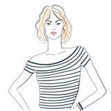 Модная девушка в striped футболке Стоковое Фото