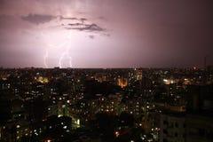 Молния в городе Стоковая Фотография RF