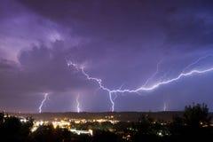 молния города сверх Стоковые Фотографии RF