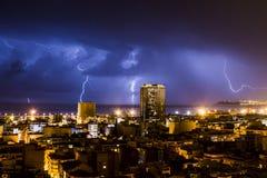 Молния и гром во время грозы, одна ноча в Аликанте Стоковая Фотография