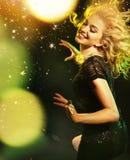 Модное изображение partying дамы Стоковые Фото