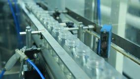 Молокозавод производит молоко Конец-вверх транспортера акции видеоматериалы