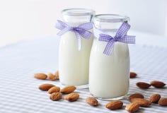 Молоко миндалины Стоковое Изображение RF