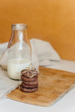 молоко печений шоколада обломока Стоковые Изображения RF