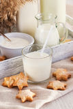 молоко стекла печений Стоковое Изображение