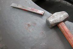 Молоток и зубило стоковое изображение