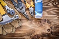 Молоток с раздвоенным хвостом перчаток безопасности плана строительства сжимая схваты стальные Стоковое Изображение