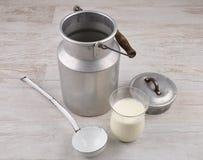 Молочное im Glas Стоковое Фото
