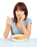 Молодая азиатская женщина плита картофельной стружки Стоковое фото RF