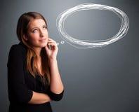 Молодая дама думая о пузыре речи или мысли с спой экземпляра Стоковые Изображения RF
