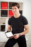 Молодая ванта используя дневник стоковые фотографии rf