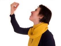 Молодая взрослая женщина с короткими волосами, на белой предпосылке в различных представлениях, и различные выражения лица Не изо Стоковая Фотография RF