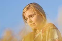 Молодая женщина в лете Стоковое Изображение RF