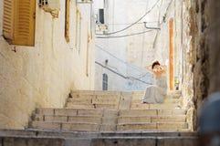 Молодая женщина в Иерусалиме, Израиле Стоковые Изображения RF