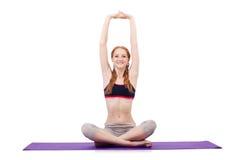 Молодая женщина делая тренировки Стоковая Фотография RF