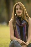 Молодая женщина ослабляя Стоковая Фотография