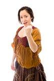 Молодая женщина показывая ее руки Стоковое Изображение
