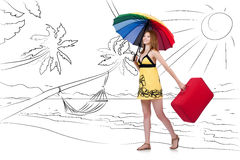 Молодая женщина путешествуя тропический остров в концепции перемещения Стоковая Фотография