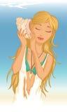 Молодая женщина с seashell Стоковые Фото