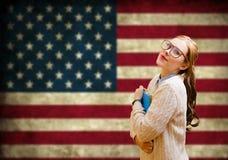 Молодая женщина уча английский язык Стоковая Фотография