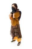 Молодая женщина peeking через руки покрывая сторону Стоковые Фотографии RF