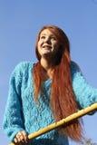 Молодая красивая дама с красными волосами стоковые фотографии rf