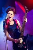 Молодая красивая рок-звезда Стоковая Фотография RF