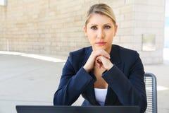 Молодая милая бизнес-леди с тетрадью Стоковое Изображение RF