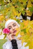 Молодая мусульманская девушка Стоковая Фотография