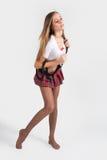 Молодая привлекательная юбка женщины вкратце Стоковое Фото