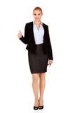 Молодая счастливая бизнес-леди с большим пальцем руки вверх Стоковые Изображения RF