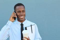 Молодое африканское мужское счастливое на телефоне стоковое изображение rf
