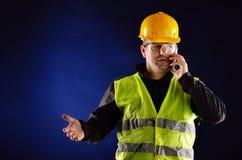 Молодое инженерство с оранжевым шлемом Стоковое Фото
