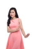 Молодой азиатский жест женщины надоел изолированный на белизне стоковая фотография rf