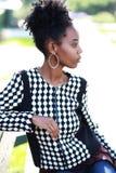 Молодой африканский усмехаться женщины стоковая фотография